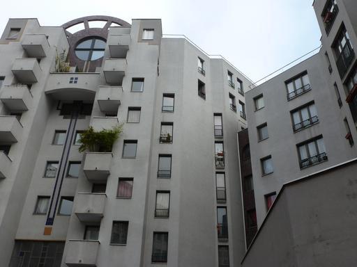 Ensemble immobilier rue de Saussure à Paris