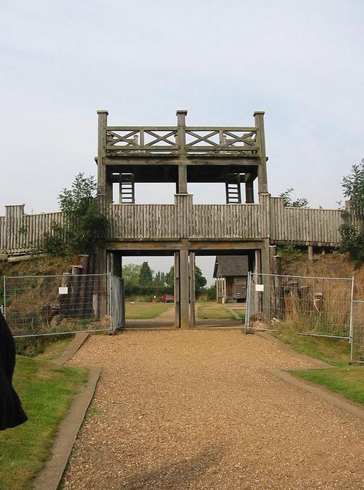Entrée du fort romain de Lunt en Angleterre