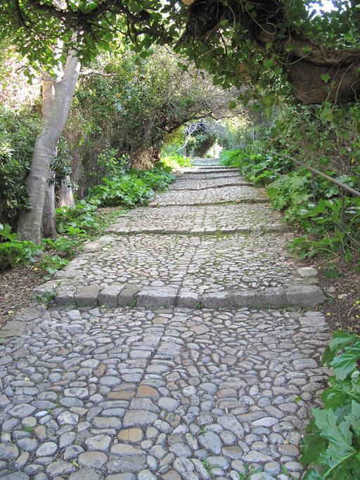 Escalier à pas d'âne sur l'ile Sainte-Marguerite