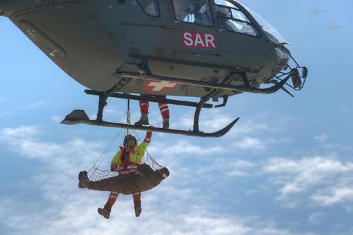 Exercice de sauvetage en eurocopter