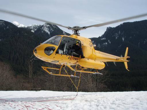 Exercice de sauvetage en montagne à Vancouver