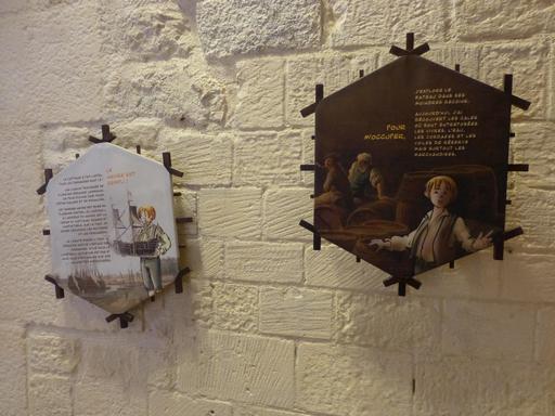 Exposition dans la tour de la Chaîne à La Rochelle