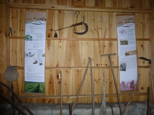 Eysines, panneaux et outils de maraichage