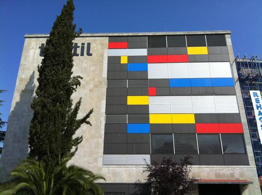 Façade du Musée du Textile catalan
