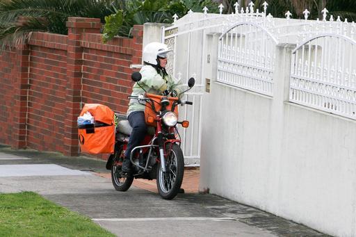 Facteur à moto en Australie