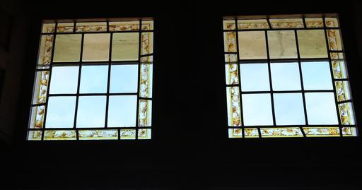 Fenêtres-vitraux au Clos Lucé