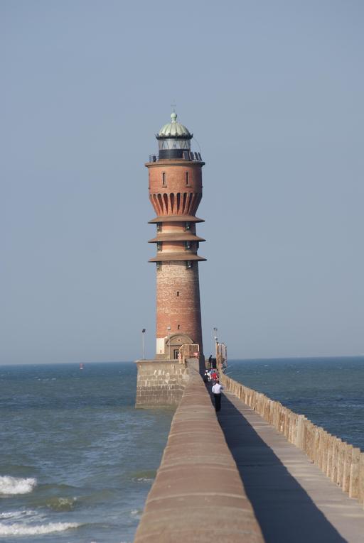 Feu de Saint-Pol à Dunkerque