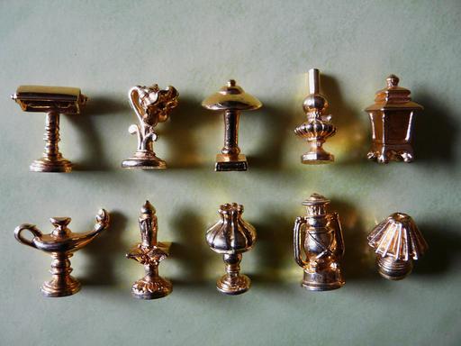 Fèves de galettes des rois dorées