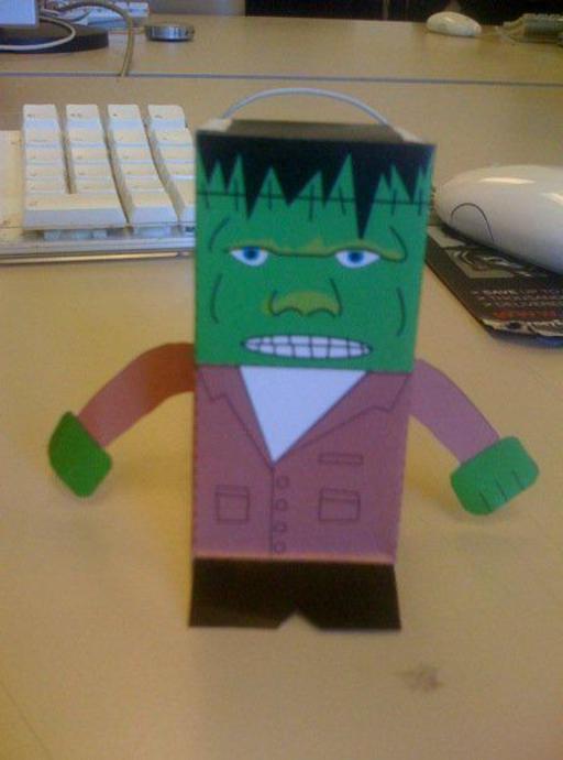 Frankenstein en jouet de papier pliant