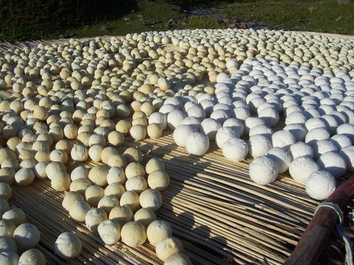 Fromages kyrghizes en boule