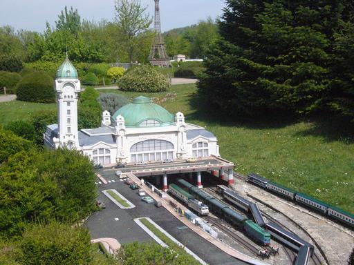 Gare de Limoges au parc de France Miniature