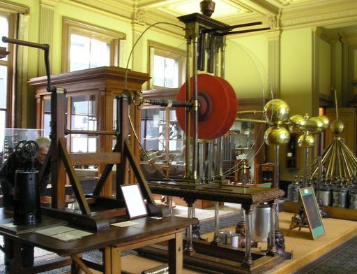 Générateur électrostatique de Van Marum