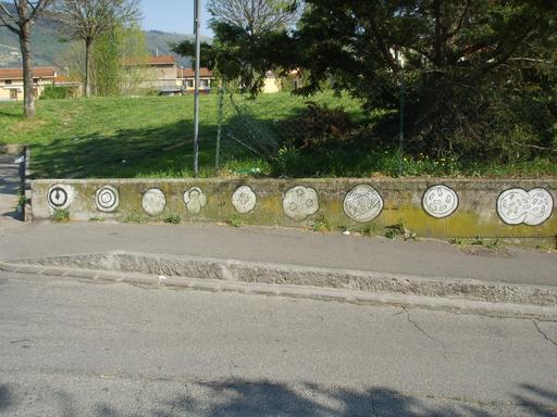Graffiti de l'évolution de 1 à 9