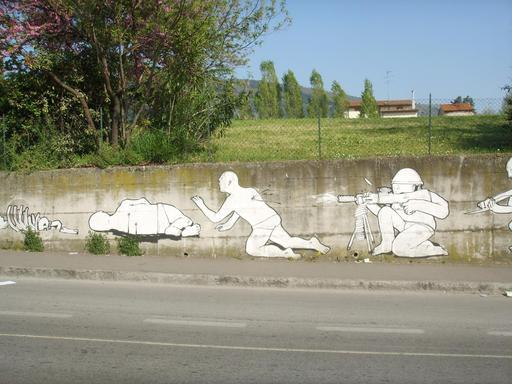 Graffiti de l'évolution de 28 à 30