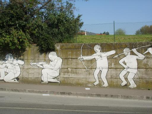 Graffiti de l'évolution des armes de 31 à 34