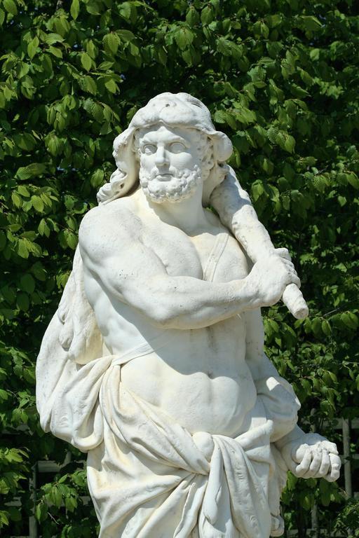Hercule à Versailles