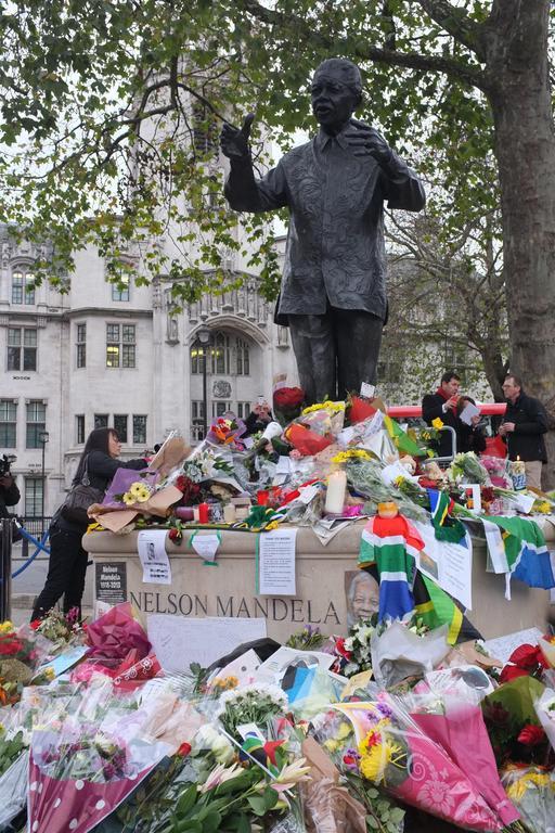 Hommage à Nelson Mandela à Londres