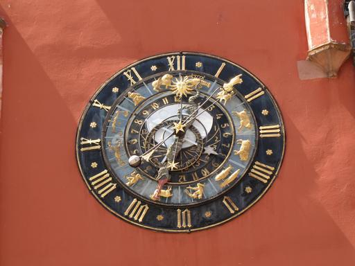 Horloge astronomique alsacienne de 1484