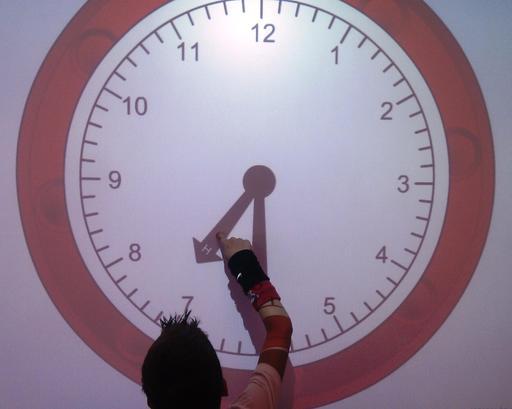 Horloge au tableau numérique