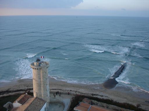 Houle croisée au phare des baleines