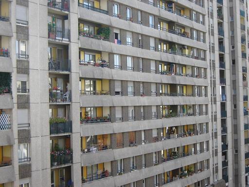 Immeuble en banlieue parisienne