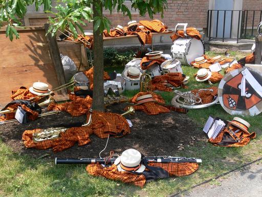 Instruments et costumes d'orchestre