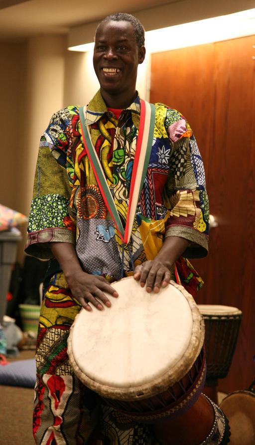 Joueur guinéen de djembé