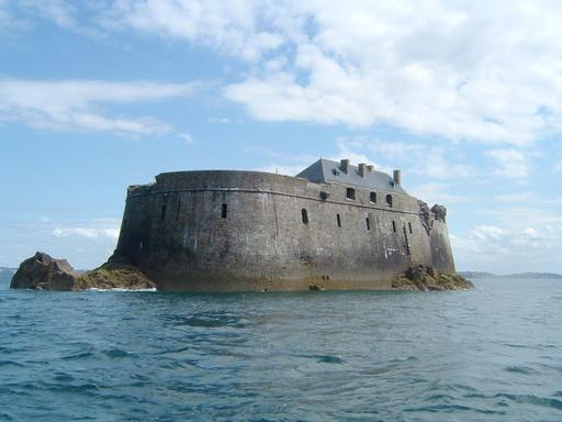 Fort de La Conchée en Bretagne