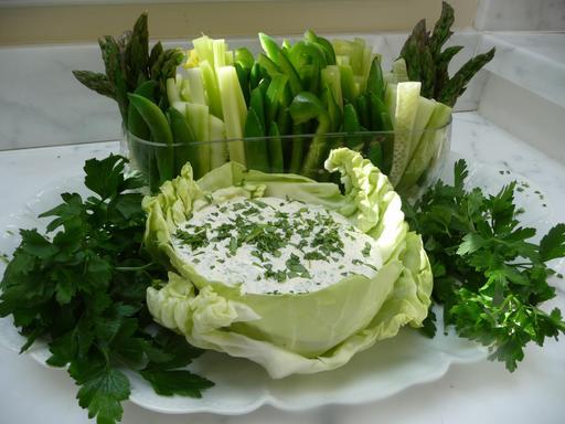 La déesse verte au milieu de ses légumes verts