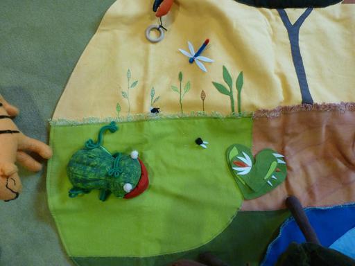 La grenouille des Contes en tissu