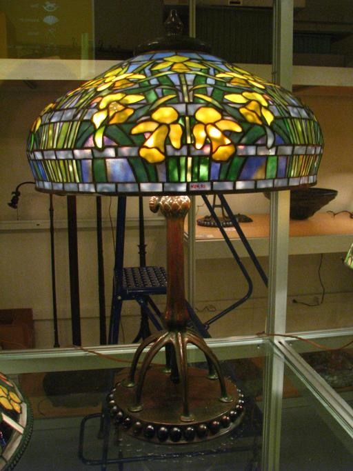 La lampe aux jonquilles