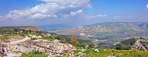 La mer de Galilée depuis les ruines de Umm Qais en Jordanie