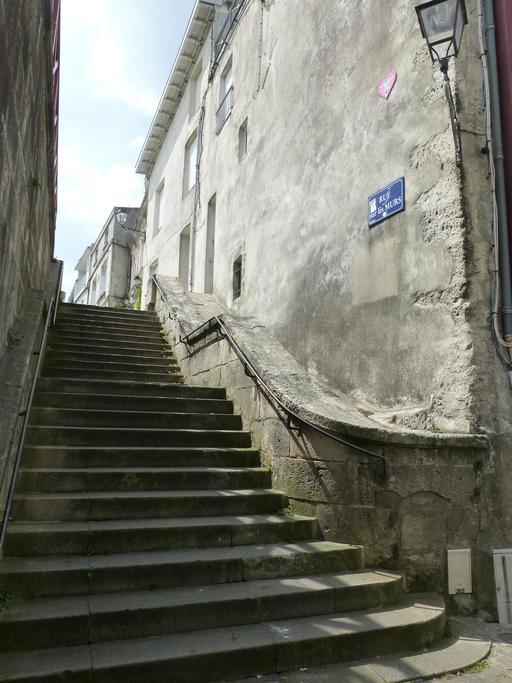 La rue sur les murs à La Rochelle
