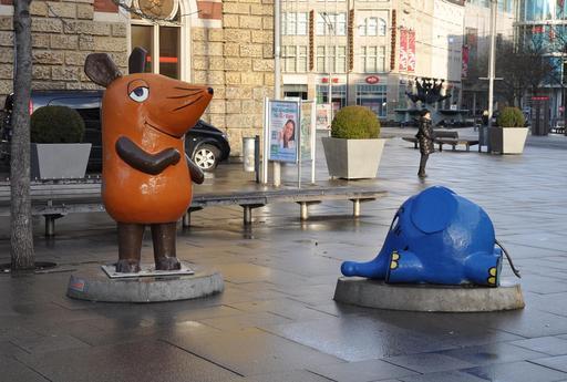 La souris et l'éléphant bleu