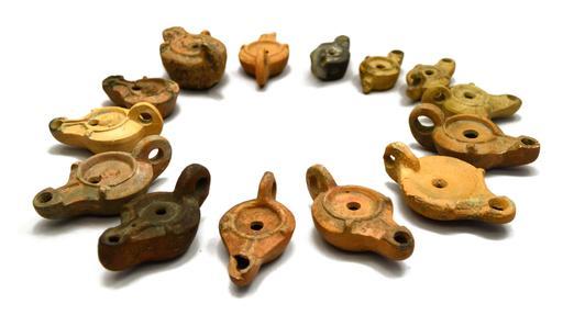 Lampes à huile antiques