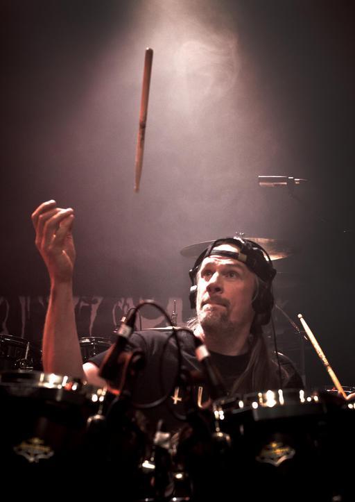 Le batteur suédois Anders Johansson en concert