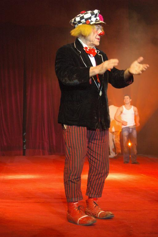 Le clown russe Popov sur scène