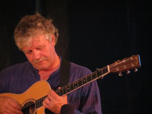 Le guitariste Gilles Le Bigot à Guérande