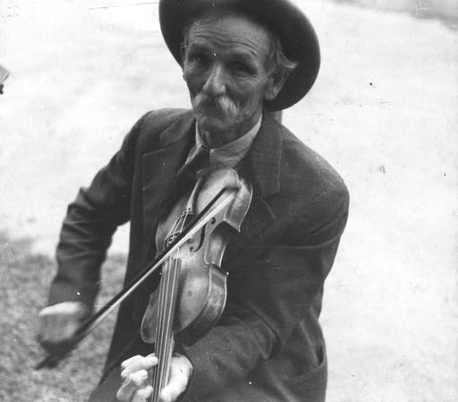 Le violoniste Bill Henseley en 1937