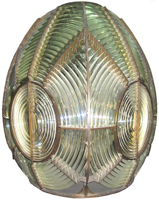 Lentille de Fresnel équipant les phares