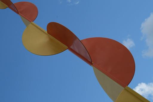 Les quatre éléments de Calder à Stockholm