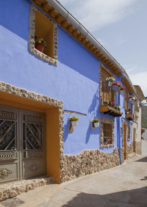 Maison bleue en Espagne
