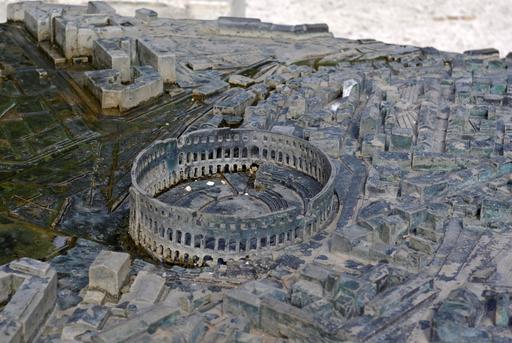 Maquette d'amphithéâtre en Croatie