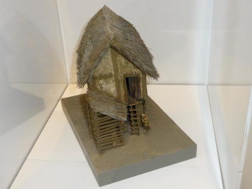 Maquette de maison gauloise