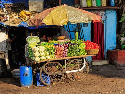 Marchand de légumes à Mumbai