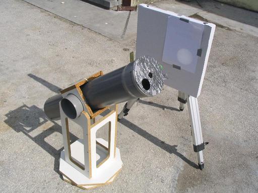Matériel fabriqué pour projection d'éclipse solaire