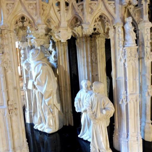Moinillons du tombeau des ducs de Bourgogne au musée des beaux-arts de Dijon