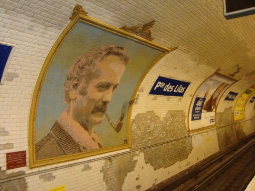 Mosaïque de Georges Brassens dans le métro