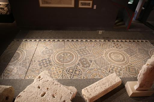 Mosaïque géométrique de Burdigala