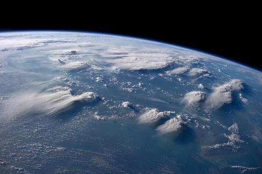 Nuages d'orage au-dessus de Bornéo